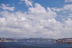 Puente sobre el Bosphorus fotografía de archivo libre de regalías