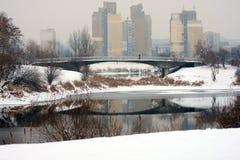 Puente sobre el lago Imagen de archivo libre de regalías