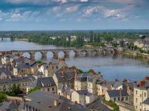 Puente sobre el Loira fotografía de archivo