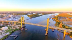 Puente sobre el río Mobile fotografía de archivo