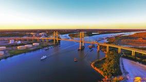 Puente sobre el río Mobile fotos de archivo