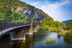 Puente sobre el río Potomac y la vista de las alturas de Maryland, en H Fotos de archivo