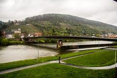 Puente sobre el río principal, Klingenberg Fotos de archivo libres de regalías