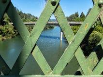 Puente sobre el río ruso, California septentrional foto de archivo libre de regalías