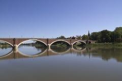 Puente sobre kupa del río en sisak Fotos de archivo