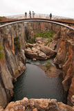 Puente sobre una garganta Fotografía de archivo