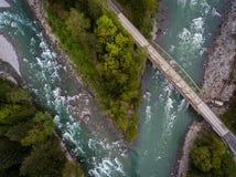 Puente a través del río de Skykomish Foto de archivo