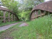 Puente viejo abandonado Imágenes de archivo libres de regalías
