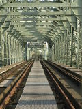 Puente viejo del hierro Fotos de archivo libres de regalías