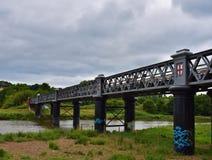 Puente viejo del hierro imagenes de archivo