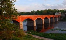 Puente viejo del ladrillo Foto de archivo libre de regalías