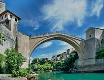 puente viejo en Mostar - protegido por la UNESCO fotografía de archivo libre de regalías