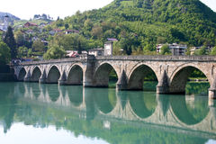 Puente viejo famoso Fotos de archivo