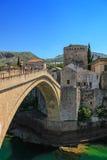 Puente viejo famoso en Mostar Imagenes de archivo