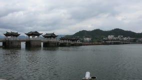Puente Xiangzi de Guangji en la ciudad antigua de Teochew o de Chaozhou en Guangdong, China almacen de metraje de vídeo