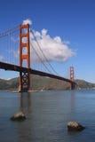 Puente y bahía de la puerta de oro Fotografía de archivo libre de regalías