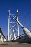 Puente y calzada de suspensión Foto de archivo libre de regalías