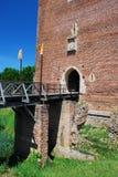 Puente y entrada a la fortaleza de Montaner Imágenes de archivo libres de regalías