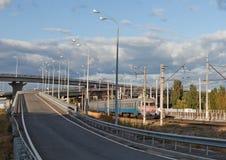 Puente y ferrocarril Imagen de archivo libre de regalías