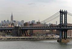 Puente y la ciudad Fotografía de archivo libre de regalías