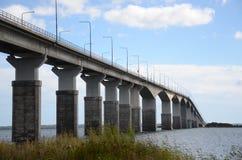 Puente a Ãland en Suecia Imagenes de archivo