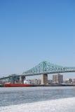 Puente y nave Fotografía de archivo libre de regalías