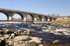 Puente y rapids de Hexham Imágenes de archivo libres de regalías
