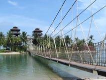 Puente y torres de suspensión Imágenes de archivo libres de regalías