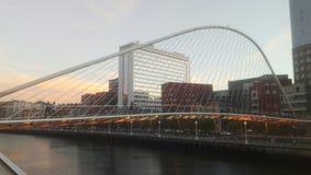 Puente Zubizuri Bilbao Vizcaya Hiszpania Calatrava zdjęcie royalty free