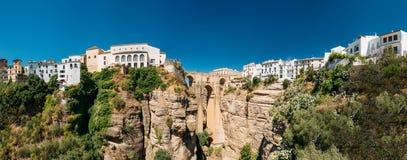 Puenten Nuevo eller ny bro i Ronda, Spanien Fotografering för Bildbyråer