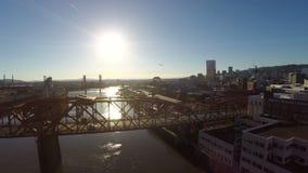 Puentes aéreos del río de Portland almacen de video