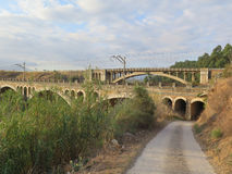 Puentes del carril y del camino Fotos de archivo