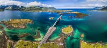 Puentes del panorama de Lofoten Fotografía de archivo