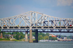 Puentes en Louisville, Kentucky fotos de archivo