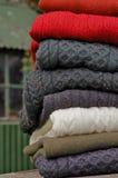 Puentes tradicionales del knit de Aran de los hombres al aire libre Imagen de archivo libre de regalías