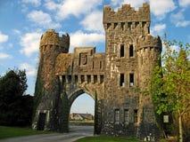 Puerta 02 del castillo Imágenes de archivo libres de regalías