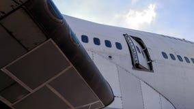 Puerta abierta aviones foto de archivo