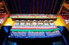 Puerta adornada de Jokhang Lhasa Tíbet Imagen de archivo