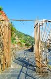 Puerta al famoso vía el dell'Amore (la manera de amor) Fotografía de archivo libre de regalías