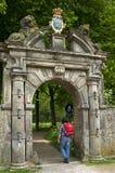 Puerta antigua de la entrada del asiento de país Martenastate Fotografía de archivo