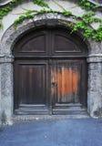 Puerta antigua en Innsbruck Imagen de archivo
