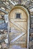 Puerta arqueada de madera foto de archivo libre de regalías