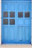 Puerta azul Imagen de archivo libre de regalías
