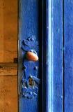 Puerta azul vieja Imagenes de archivo