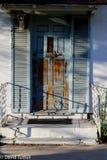 Puerta azul vieja Fotografía de archivo