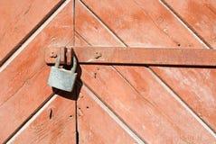 Puerta con el bloqueo Imagen de archivo libre de regalías