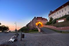 Puerta de agua a la ciudad vieja en Grudziadz polonia Fotos de archivo