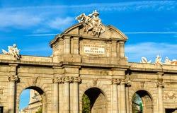 Puerta de Alcala, μια από τις αρχαίες πύλες στη Μαδρίτη, Ισπανία Στοκ εικόνες με δικαίωμα ελεύθερης χρήσης