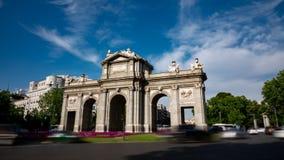 Puerta de Alcala i Madrid den loopable Time-schackningsperioden lager videofilmer