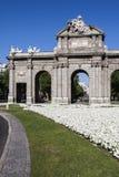 Puerta de Alcala. Madrid, Spanien Lizenzfreie Stockfotos